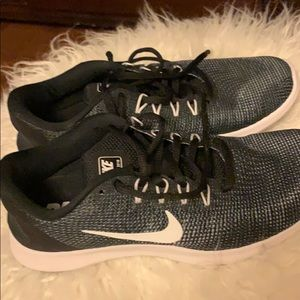 Brand new Nike Flex Running Shoes